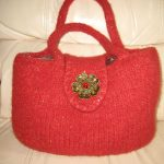 JJ Bag - This red tweed bag perfect for fall and will take you right into winter. Magnetic flap!